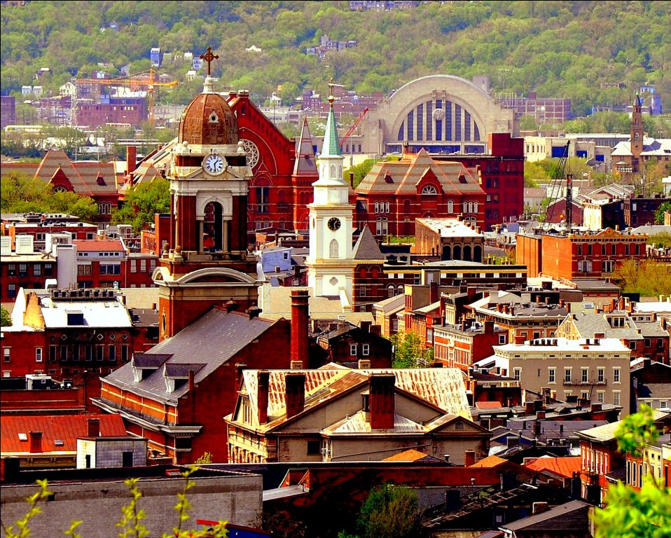 Should You Sell Your Prospect Hill Cincinnati House Without a Realtor? [img: Cincinnati OTR Skyline]